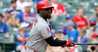 200a35a62 The Boston Red Sox have signed veteran Brandon Phillips to a Minor League  deal.